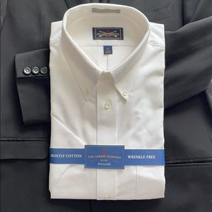 Classic Oxford button down short sleeve NWT